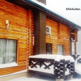Winter in guest house Milzkalne